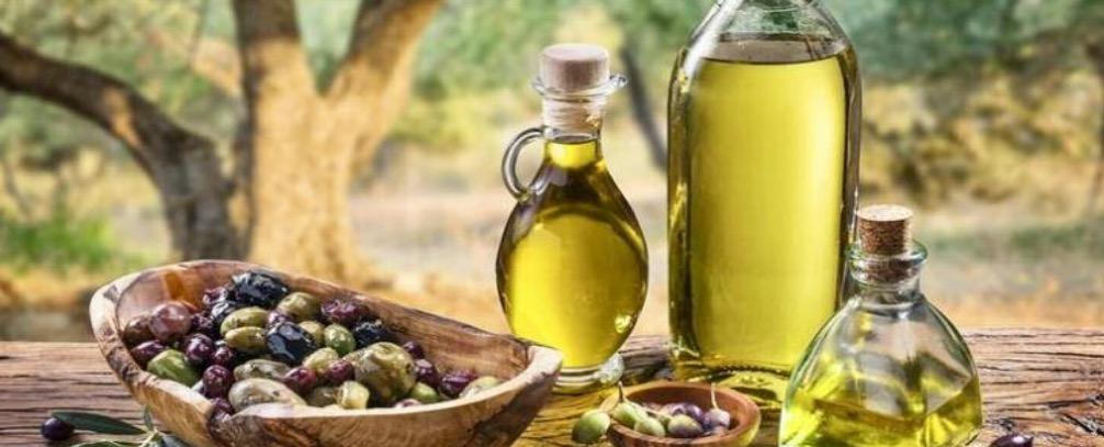 """Το χύμα ελαιόλαδο """"πρωταγωνιστεί"""" στις ελληνικές εξαγωγές"""