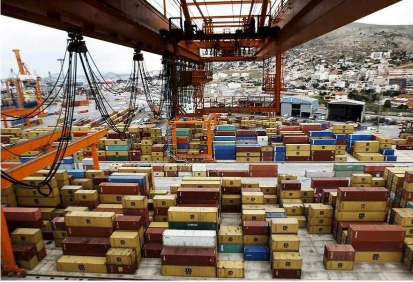 Αυξήθηκαν οι ελληνικές εξαγωγές σε ποτά και καπνό
