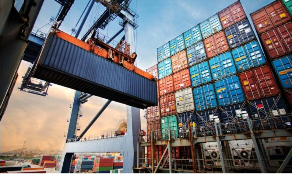 Aύξηση κατά 49,7% στιςελληνικές εξαγωγές τον Απρίλιο
