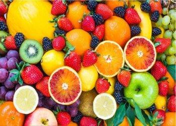 Φρούτα στο διαδίκτυο αγοράζουν οι καταναλωτές εν μέσω πανδημίας